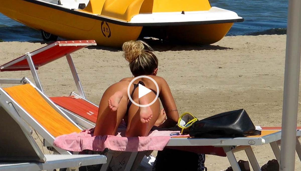 Hot Bikini Teens on Beach